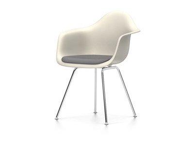 Vitra Eames Plastic Armchair DAX Sitzschale Crème mit Polster