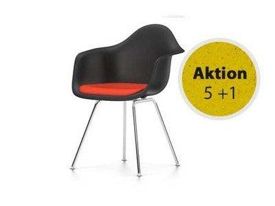 Vitra Eames Plastic Armchair DAX Sitzschale schwarz mit Polster