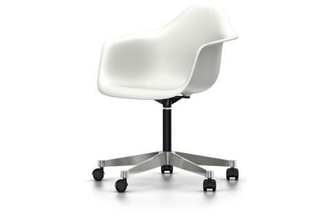 vitra eames plastic armchair pacc st hle designshop streit inhouse. Black Bedroom Furniture Sets. Home Design Ideas
